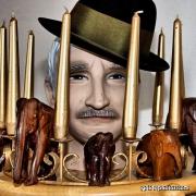 Mann, Hut, Elefanten, Kerzen, lustig