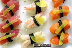 Sushi auf dem Teller